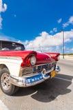 经典美国汽车在哈瓦那 免版税图库摄影