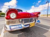 经典美国汽车在哈瓦那 库存照片