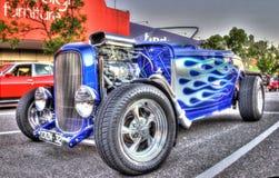 经典美国20世纪30年代福特旧车改装的高速马力汽车 库存照片
