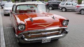 经典薛佛列贝莱尔1957年轿车在利马 库存照片