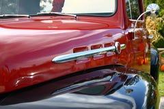 经典详细资料卡车 免版税库存图片