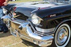 经典豪华美国汽车详述特写镜头 免版税库存照片