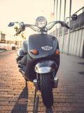 经典moto滑行车 免版税图库摄影