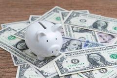 经济的美国,金钱储款和投资概念, wh 免版税库存图片