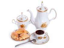 结块咖啡杯罐茶碟 免版税库存照片