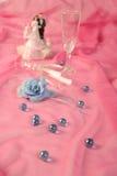 结块玩偶玫瑰色婚礼 库存图片