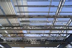 结构上屋顶的钢 库存照片