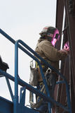 结构上的焊工 免版税库存照片