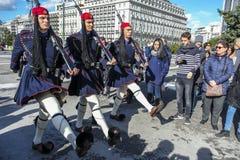 结构体正方形的在希腊议会,雅典,希腊战士 免版税图库摄影
