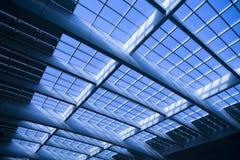 结构现代圆顶的玻璃 免版税库存照片