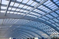结构现代圆顶的玻璃 免版税图库摄影