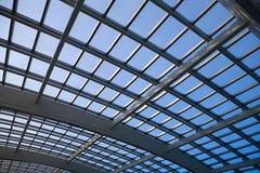 结构现代圆顶的玻璃 库存照片