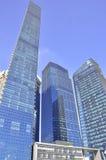 结构现代新加坡摩天大楼 免版税库存照片