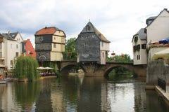 结构美丽的桥梁德国人房子 免版税库存图片