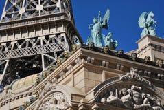结构详述巴黎 免版税库存照片