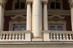 结构运河全部意大利marco广场威尼斯式的圣 在威尼斯式建筑风格的一个古老大厦 古老balcon 免版税库存照片