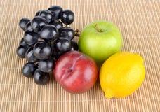 结果实热带 果子 免版税库存图片