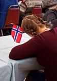 结辨的标志女孩头发挪威 免版税库存图片