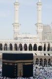 绕行kaaba香客 库存照片