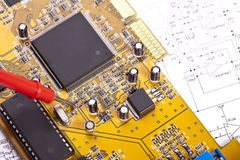 绘制电子概要 免版税库存图片