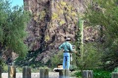 绘在亚帕基连接点的迷信山,亚利桑那 库存图片