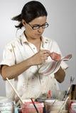 绘画陶瓷工 免版税库存图片