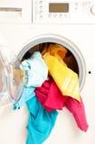 给五颜六色的设备洗涤物穿衣 图库摄影