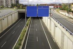 给交通信号做广告 免版税库存图片