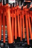 给日本模型红色装门 免版税库存照片