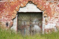 给老装门 免版税库存图片