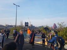 绝种叛乱:气候抗议者在伦敦中部 库存图片