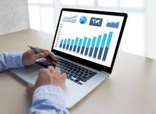 统计分析企业数据图成长增量市场 库存照片
