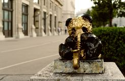 维也纳市熊猫雕象 库存图片