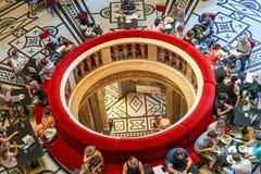 维也纳艺术博物馆访客午餐 免版税库存图片