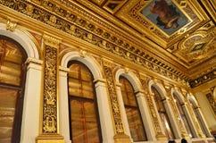 维也纳音乐会房子的金黄屋子的装饰  免版税图库摄影