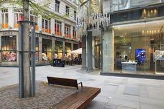 维也纳,奥地利- 2018年4月15日:施华洛世奇金银手饰店的门面 库存照片