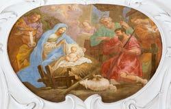 维也纳,奥地利- 2014年7月30日:诞生壁画在教会Pfarkirche玛丽亚Hietzing里从18的安东尼Galliardi 分 免版税库存图片