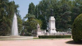 维吉尔和喷泉雕象在曼图亚 股票视频