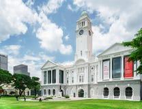 维多利亚剧院和音乐堂,新加坡的风景看法 免版税库存照片