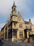 维多利亚女王时代的哥特式大厦在巴恩 免版税图库摄影