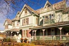维多利亚女王时代的豪宅 库存图片