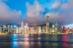 维多利亚港口夜视图在香港 聚会所 图库摄影