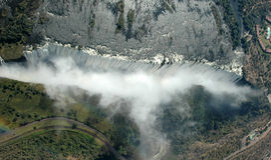 维多利亚瀑布-鸟瞰图 免版税库存图片