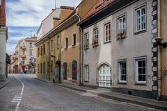 维尔纽斯,立陶宛- 2018年6月16日:维尔纽斯老镇在Lithuani 免版税图库摄影