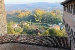 维尼奥拉,意大利的历史的市中心 从堡垒的顶视图 免版税库存图片
