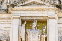 维托里奥・埃曼努埃莱・迪・萨伏伊,阿尔塔雷della帕特里亚,威尼斯广场,罗马意大利骑马雕象  免版税图库摄影