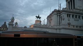 维托里奥埃马努埃莱II纪念碑在罗马 库存图片
