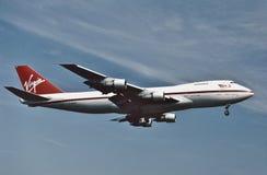 维珍航空B-747着陆在洛杉矶在1993年8月 库存照片