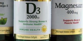 维生素D3和镁 库存图片