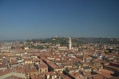 维罗纳从朗贝尔蒂塔的市视图在维罗纳 库存图片